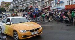 Southend Torch Relay Crowds