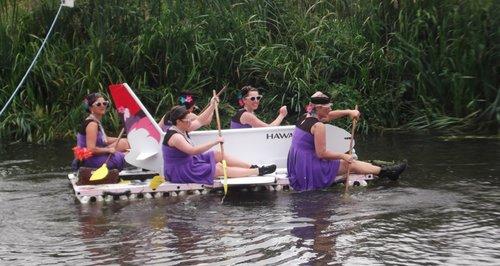 Deepings Raft Race