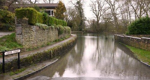 Flooding Islip
