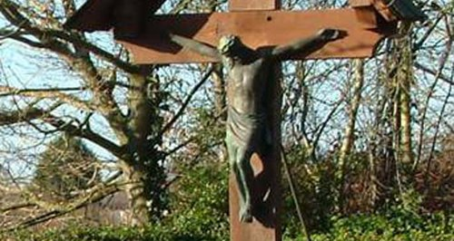 Jesus statue stolen from memorial near Trowbridge