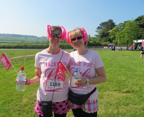 Heart Angels: Fancy Dress at Aylesbury Race for Li