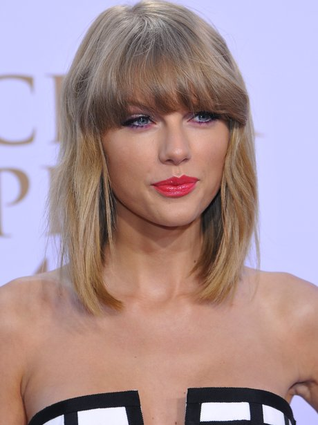 Banging Bangs! Taylor Swift updates her bob with a stylish - Celebrity Short Hairstyles