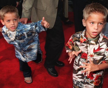 Cole and Dylan Sprouse as children