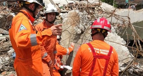 Hampshire firefighters Nepal earthquake