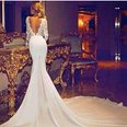 Jen Aniston in a wedding gown