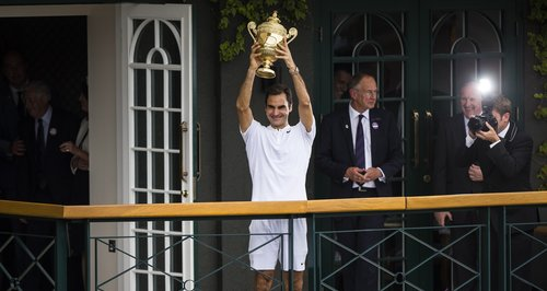 Federer Sets Wimbledon Record... But His Two Sets